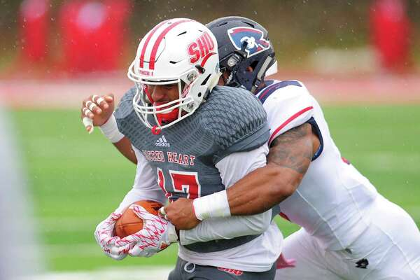Sacred Heart enters Saturday's game against Saint Francis U. with a 6-1 record.