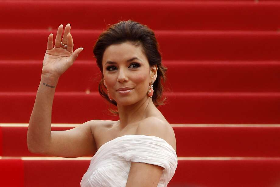 Eva Longoria is waving 'hello' to a new half-hour workplace comedy on Fox.