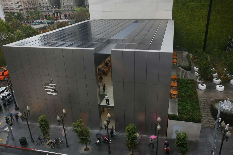 The solar roof of the Apple Store in Union Square is visible from a nearby building. Such building-integrated photovoltaic, or BIPV, systems have struggled to find a broader market. Photo: Leah Millis, The Chronicle