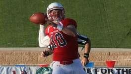 Colorado State-Pueblo quarterback Rex Dausin (10), a former Warren High School star, in action during the 2016 season.