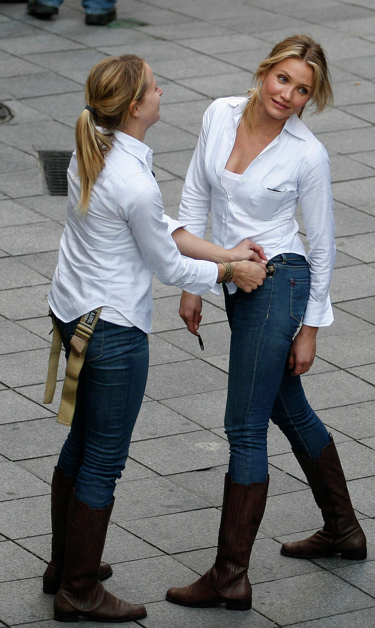 Cameron Diaz (R) and her stunt double seen during the shooting of the film 'Knight and Day' on December 9, 2009 in Seville, Spain.