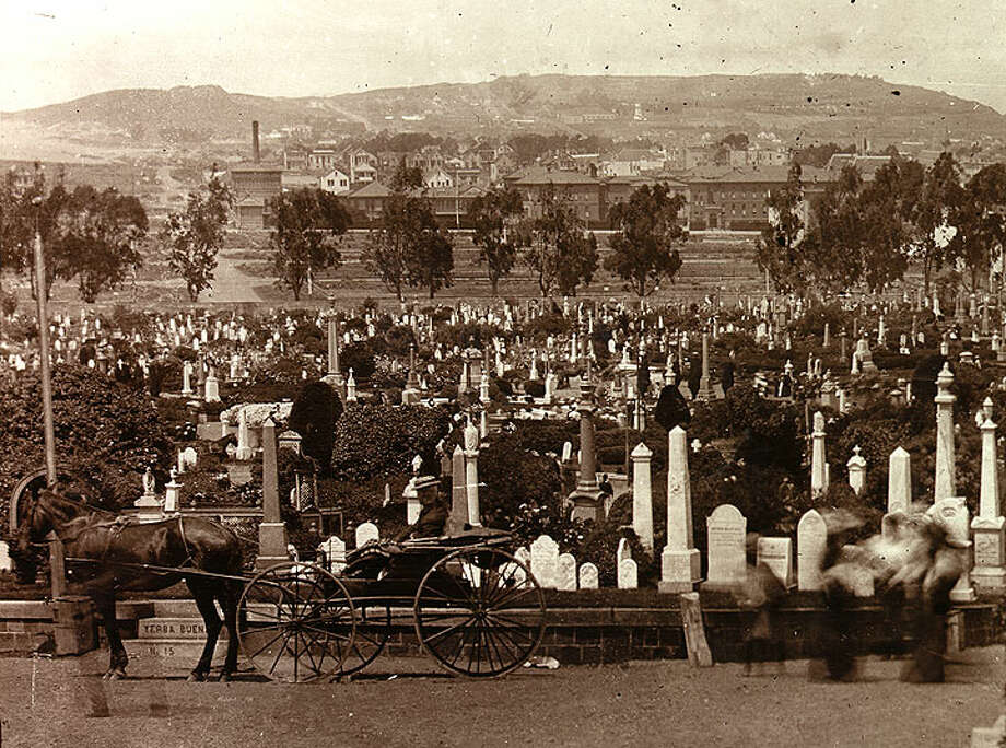 The homes and businesses that surrounded the Columbarium used to be the grounds for this Big Four cemetery, which opened in 1865 and belonged to the Order of Odd Fellows. This is the cemetery where Edith Howard Cook was left behind when bodies were exhumed in the early 1900s. Photo: Wikimedia Commons