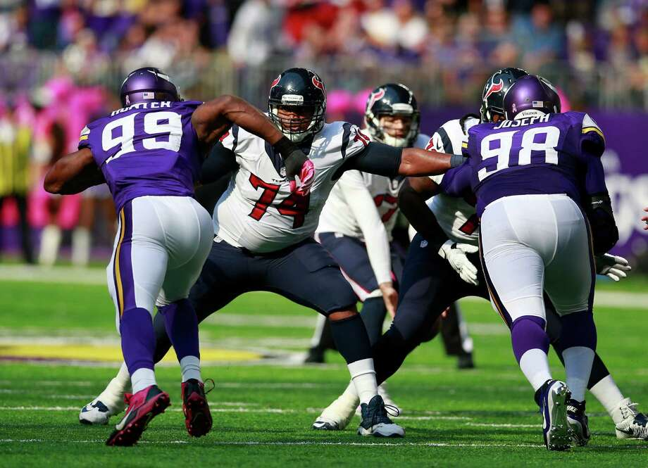 Tackle Chris Clark (74) has had a busy workload this season for the Texans - first filling in for Duane Brown on the left side and now taking over for Derek Newton on the right. Photo: Jeff Haynes, FRE / Panini