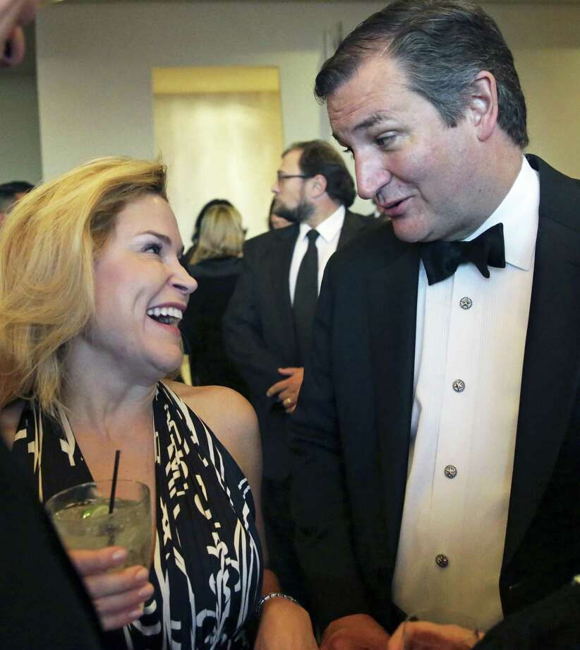 Texas Senator Ted Cruz and wife Heidi attend as Warren Buffet is honored at the Texas Business Hall of Fame banquet at the Grand Hyatt Hotel on October 27, 2016 Photo: Tom Reel, Staff / San Antonio Express-News / 2016 SAN ANTONIO EXPRESS-NEWS
