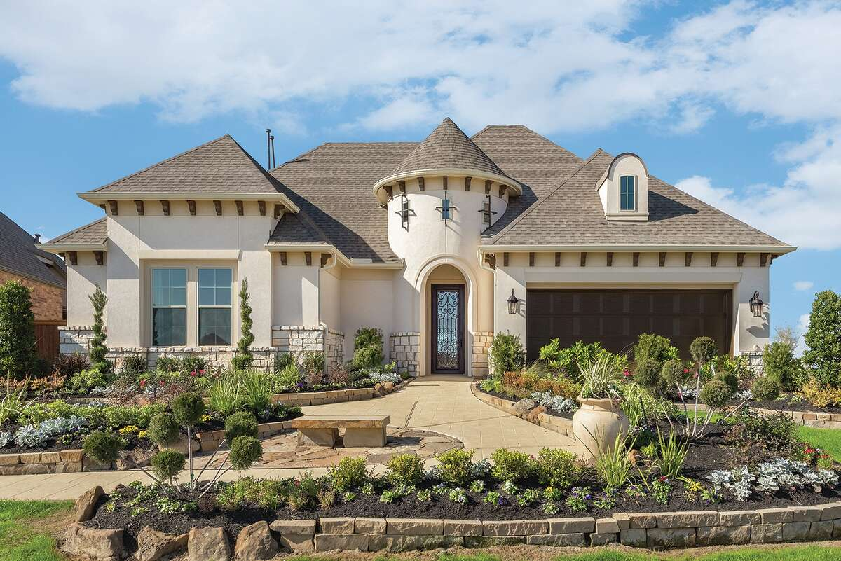 David Weekley's homes are on 55- and 65-foot homesites, in The Trails and Oak Pointe sections of Cane Island, a 1,000-acre master-planned community.