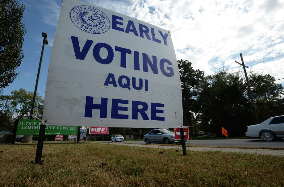 A sign at the John Paul Davis Community Center on Lucas alerts motorists about early voting. Voting began Feb. 22 and will continue through March 2. Election day is March 6.Photo taken Monday, October 24, 2016 Guiseppe Barranco/The Enterprise Photo: Guiseppe Barranco, Photo Editor
