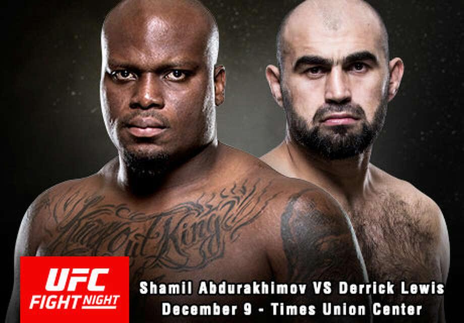UFC fighters Derrick Lewis and Shamil Abdurakhimov