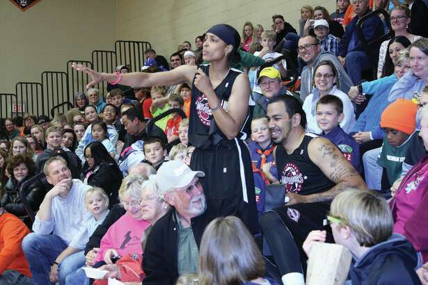 The Harlem Ambassadors played a local team of police officers and former high school players this week in a fundraiser to help the Harbor Beach Lions Club.