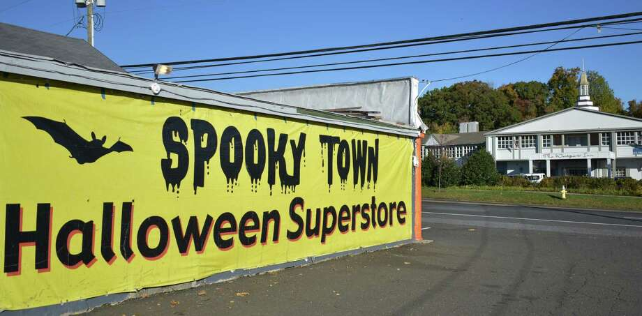 Spooky Town Halloween Superstore established a 2016 seasonal store at 1580 Post Road East in Westport across from the Westport Inn. It is one of three Connecticut locations, along with stores in Milford and Orange. Photo: Alexander Soule / Hearst Connecticut Media / Stamford Advocate
