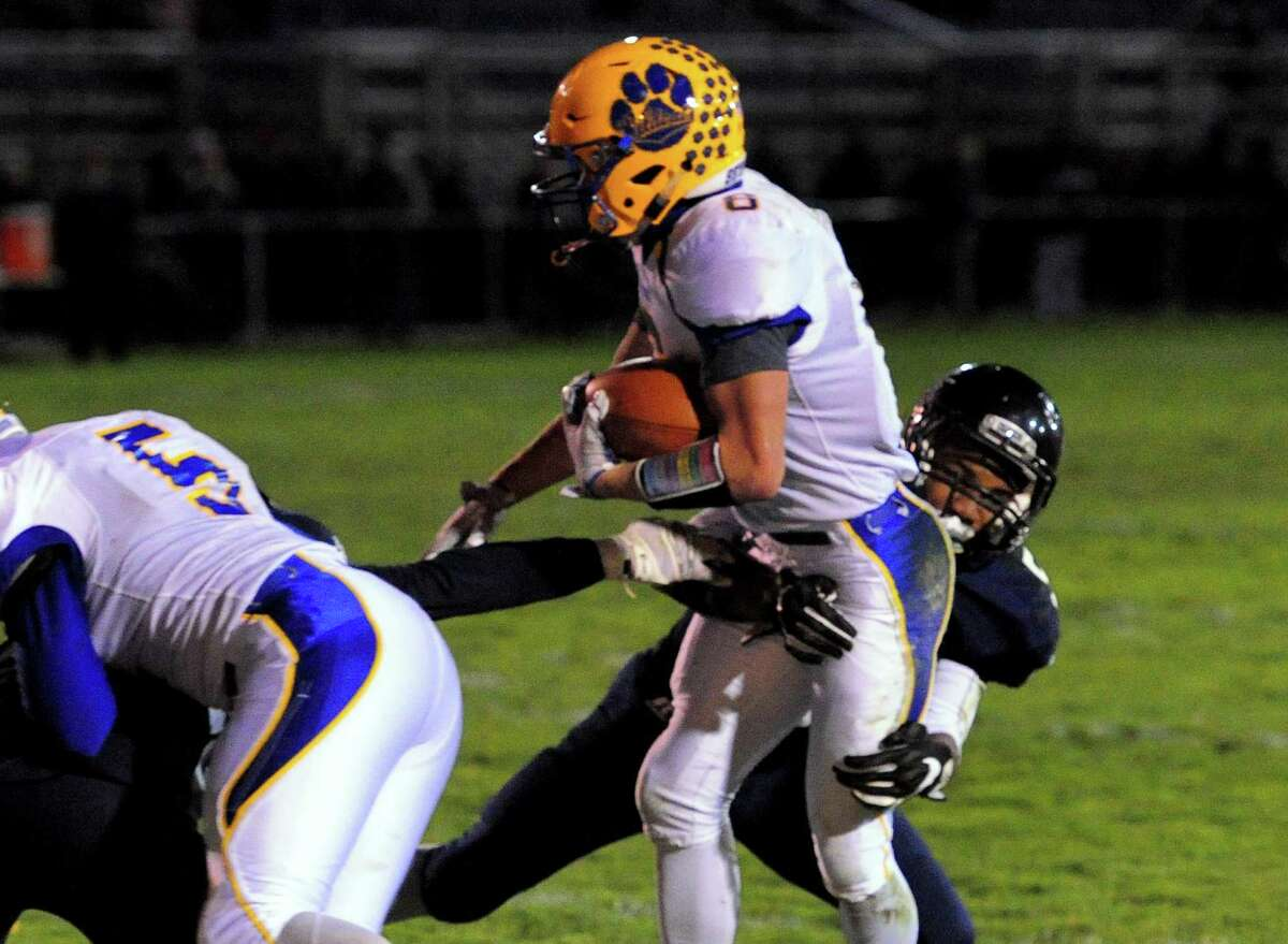 SEYMOUR (7-2) AT WOODLAND (1-8), 5:30 P.M.: Coming off back-to-back convincing wins, the Wildcats appear to be rounding into form at the right time.