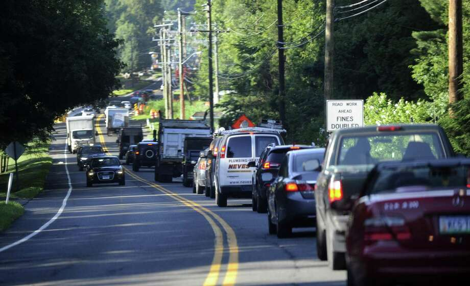 Morning trade on Route 35, nearby a intersection with Farmingville Road streamer into downtown Ridgefield is congested, Tuesday, Jul 26, 2016. Photo: Carol Kaliff / Carol Kaliff / The News-Times