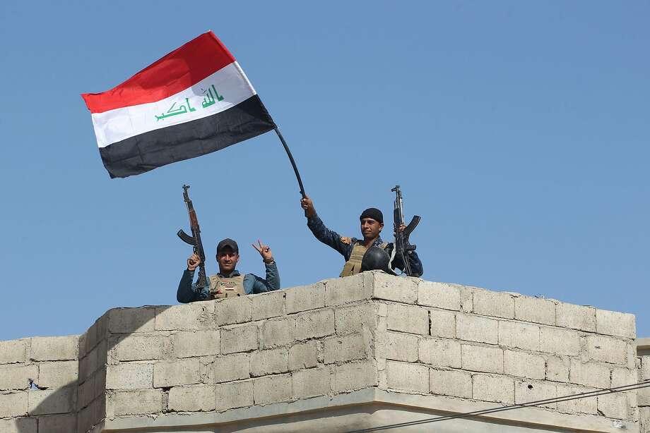 Shiite militias join battle as Iraqis push toward Mosul