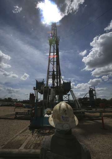 Even in world's busiest oil field, good times aren't rolling