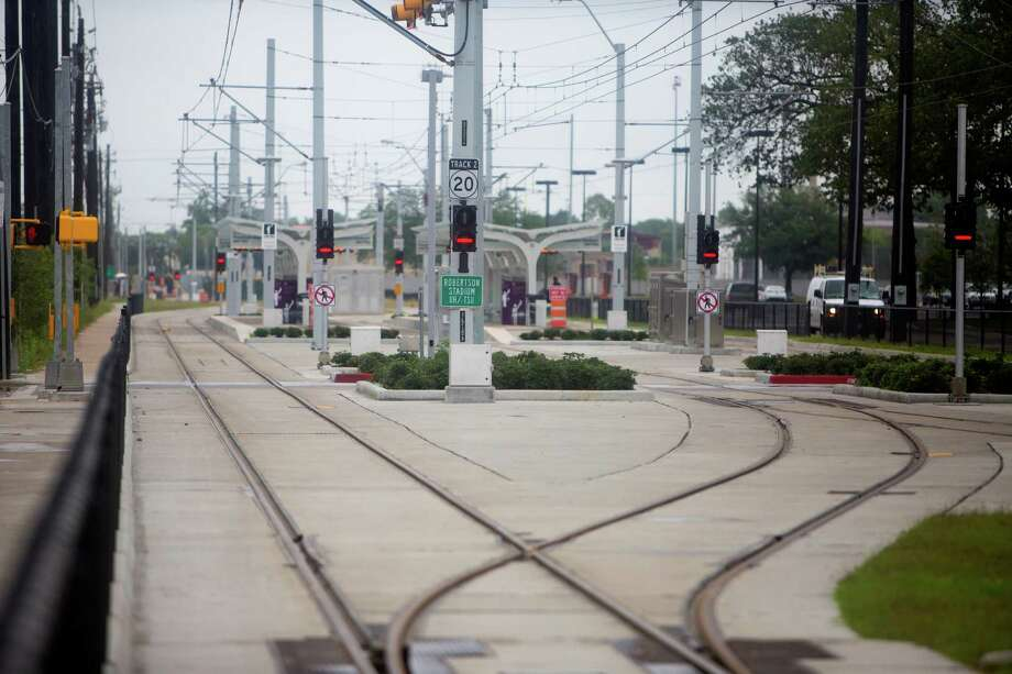 Metro's tracks along Scott Street near the University of Houston seen on, May 13, 2015, opened later that month. Officials are now considering replacements for axle counters along the route, to remedy defective devices. Photo: Cody Duty, Staff / © 2015 Houston Chronicle