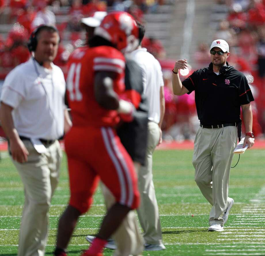 Houston Cougars head coach Tom Herman on the sideline during the second quarter of a college football game at TDECU Stadium, Saturday,Oct. 29, 2016 in Houston. Photo: Karen Warren, Houston Chronicle / 2016 Houston Chronicle