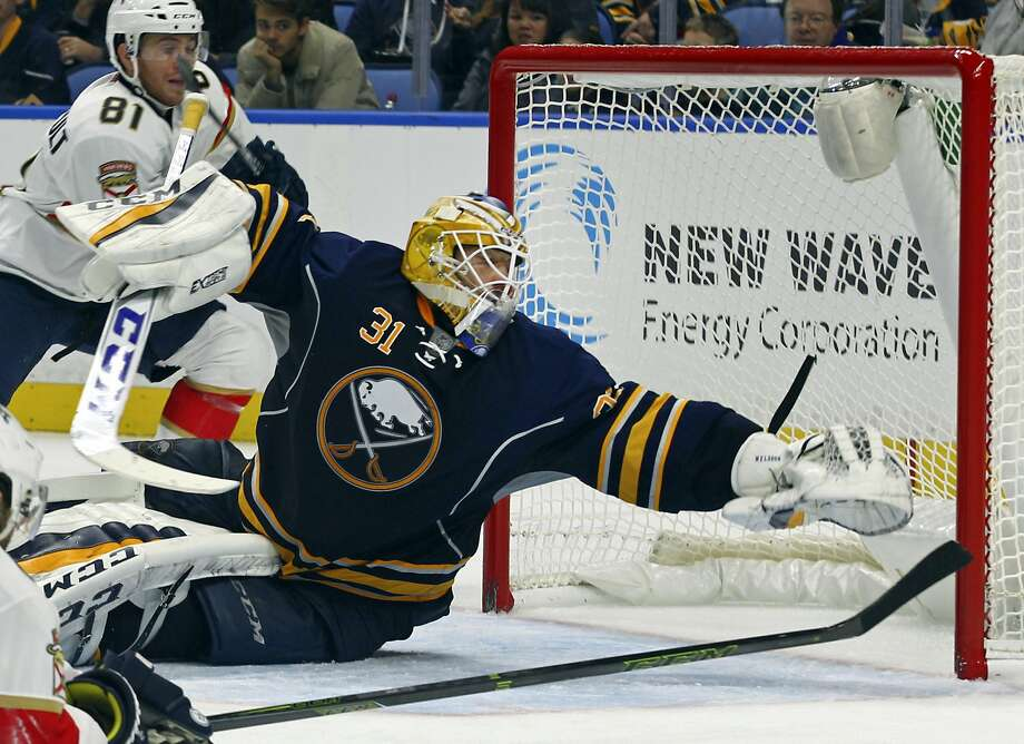 Sabres goalie Anders Nilsson makes a save during his first shutout since March 4, 2012. Photo: Jeffrey T. Barnes, Associated Press