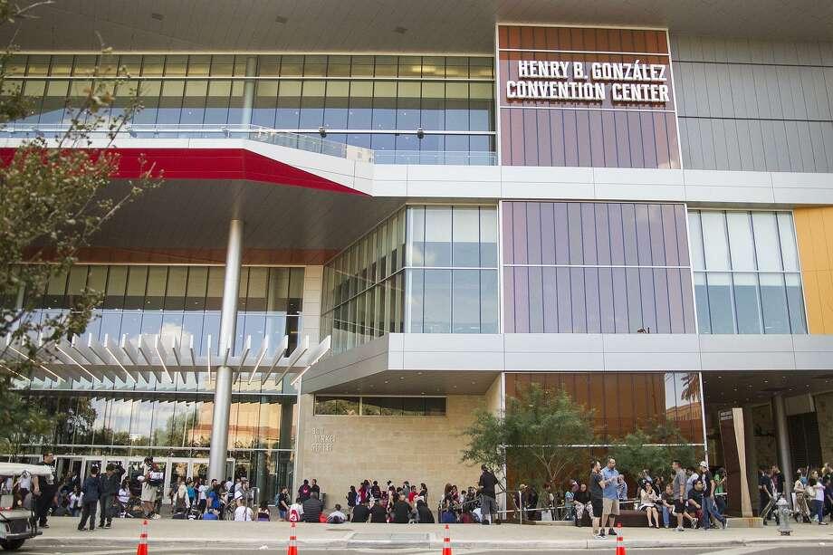 Outside Alamo City Comic Con at the Henry B. Gonzalez Convention Center, Saturday, Oct. 29, 2016. Photo: Alma E. Hernandez /Alma E. Hernandez / For The San Antonio Express News