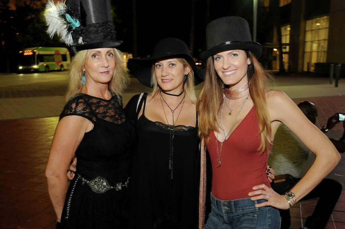 Fans outside the Stevie Nicks concert at the Toyota Center Saturday Oct. 29,2016.(Dave Rossman photo)