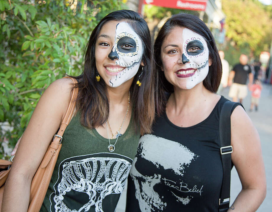 San Antonians celebrated Día de Muertos early this year at La Villita at a free weekend event that included live music, art, dancing, a living altar and a drum and puppet procession. Photo: By B. Kay Richter, For MySA