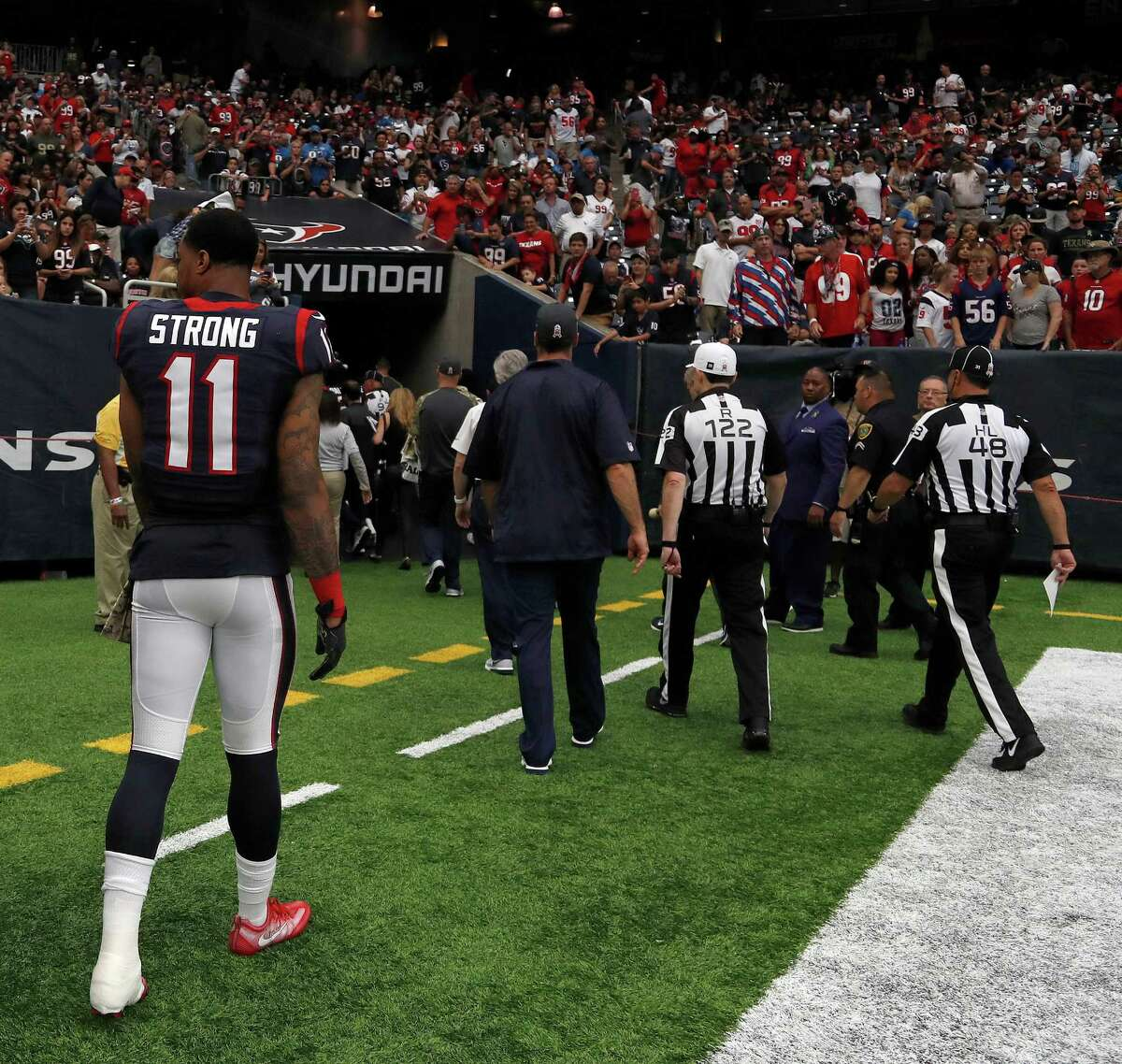 Houston Texans wide receiver Jaelen Strong (11) walks back to the locker room after an injury at the end of the second quarter an NFL football game at NRG Stadium, Sunday,Oct. 30, 2016 in Houston.
