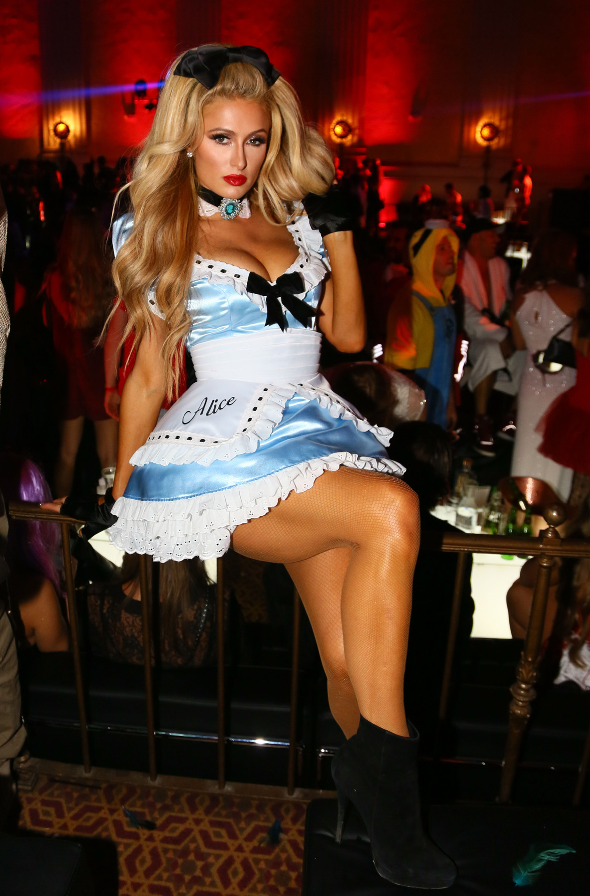 sexiest, scariest & silliest celebrity halloween costumes of 2016