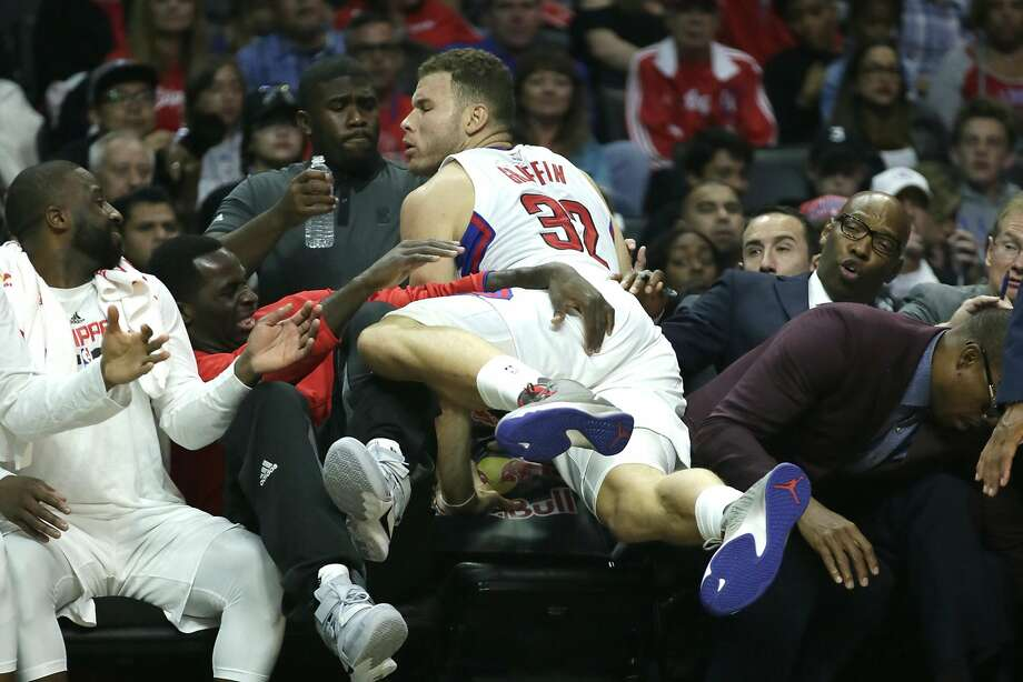Clippers' Blake Griffin dives for a loose ball Sunday. Photo: Robert Gauthier, TNS