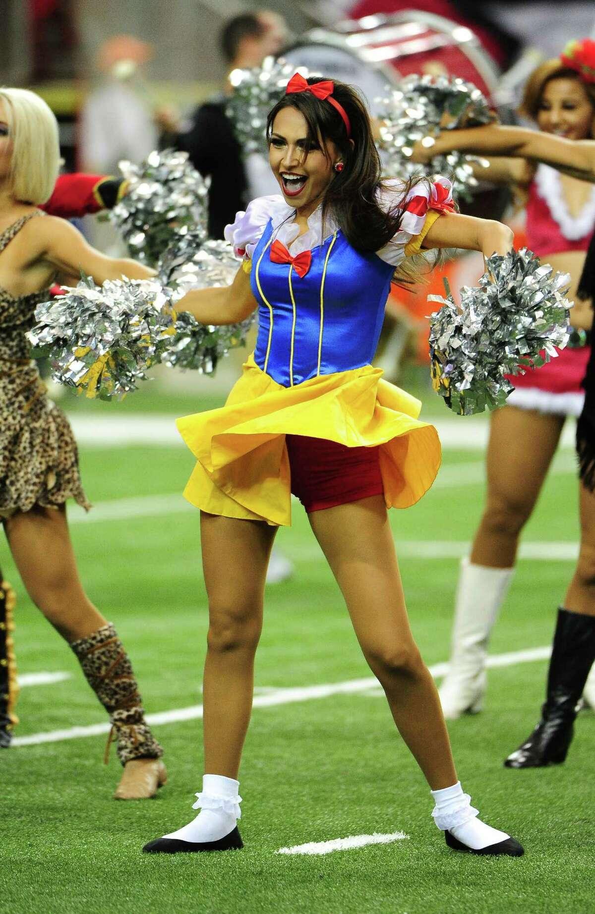 ATLANTA, GA - OCTOBER 30: A member of the Atlanta Falcons Cheerleaders performs before the game against the Green Bay Packers at the Georgia Dome on October 30, 2016 in Atlanta, Georgia.