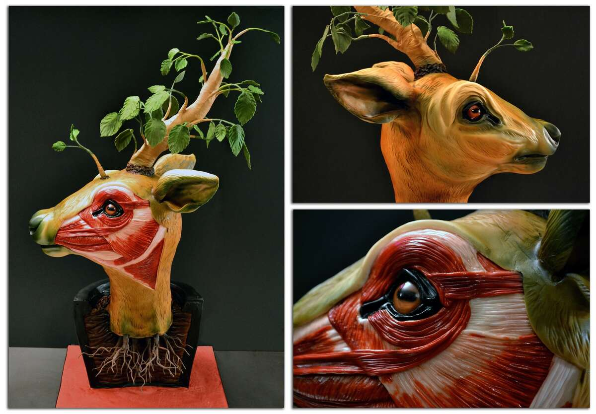 Annabell De Vetten creates some pretty epic cakes with a morbid creativity to each one.