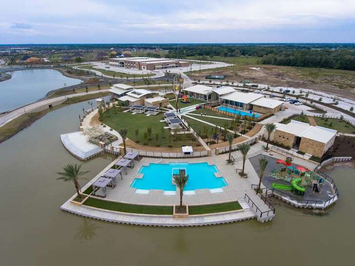 The recently completed Amenity Village in the Texas 288 master-planned community of Meridiana is adjacent to the on-site Meridiana Elementary School.