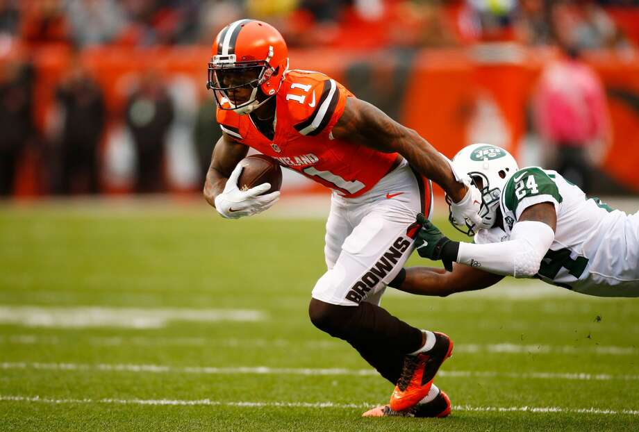32. Cleveland Browns (0-8): Wide receiver Terrelle Pryor continues to display his playmaking ability no matter who's playing quarterback, catching 6 passes for 101 yards versus New York. Last week: 30 Photo: Gregory Shamus/Getty Images