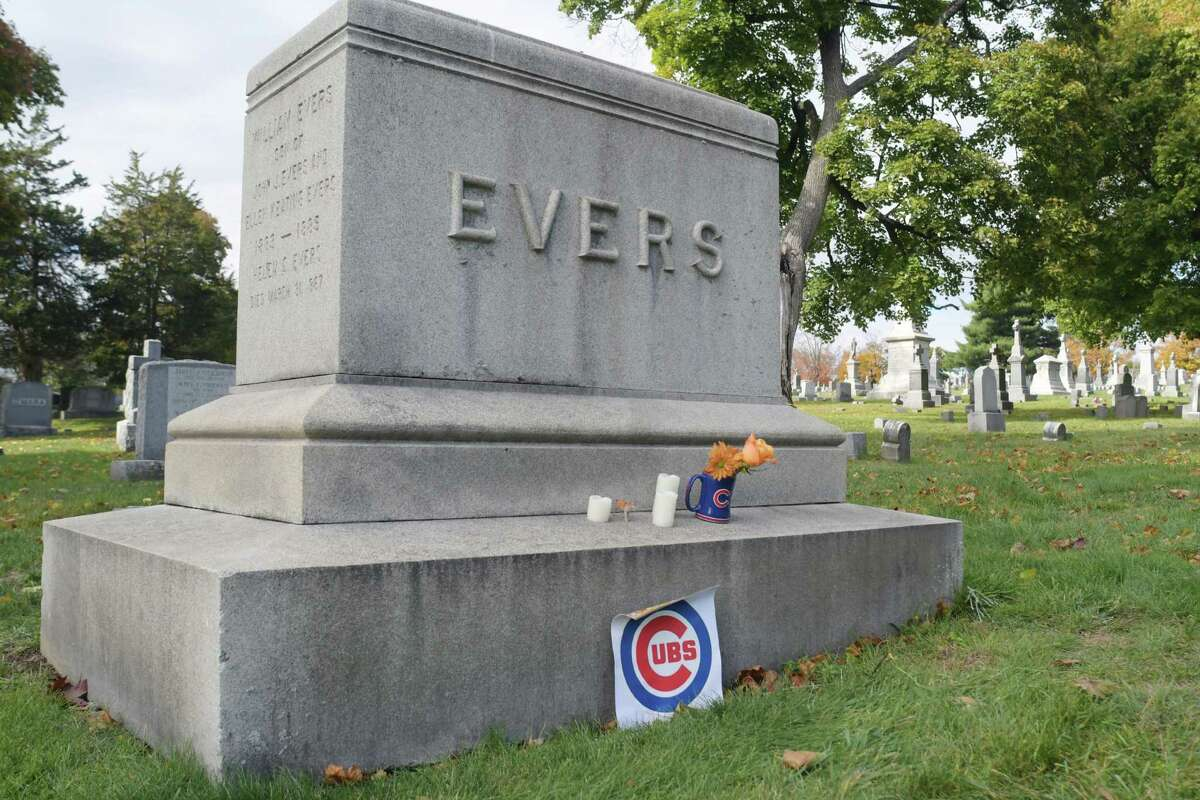 A view of the grave of Johnny Evers, a Hall of Fame Major League Baseball player, seen here on Monday, Oct. 31, 2016, at St. Mary's Cemetery in Troy, N.Y. Evers was the second baseman with the Chicago Cubs (1902 to 1913) on Monday, Oct. 31, 2016, in Troy, N.Y. (Paul Buckowski / Times Union)