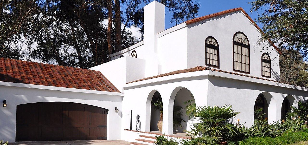 Tesla Roof Solar Panels >> Tesla Roof Challenges Solar Panel Industry Sfchronicle Com