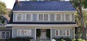 Solarcity Solar Panels >> Tesla Roof Challenges Solar Panel Industry Sfchronicle Com