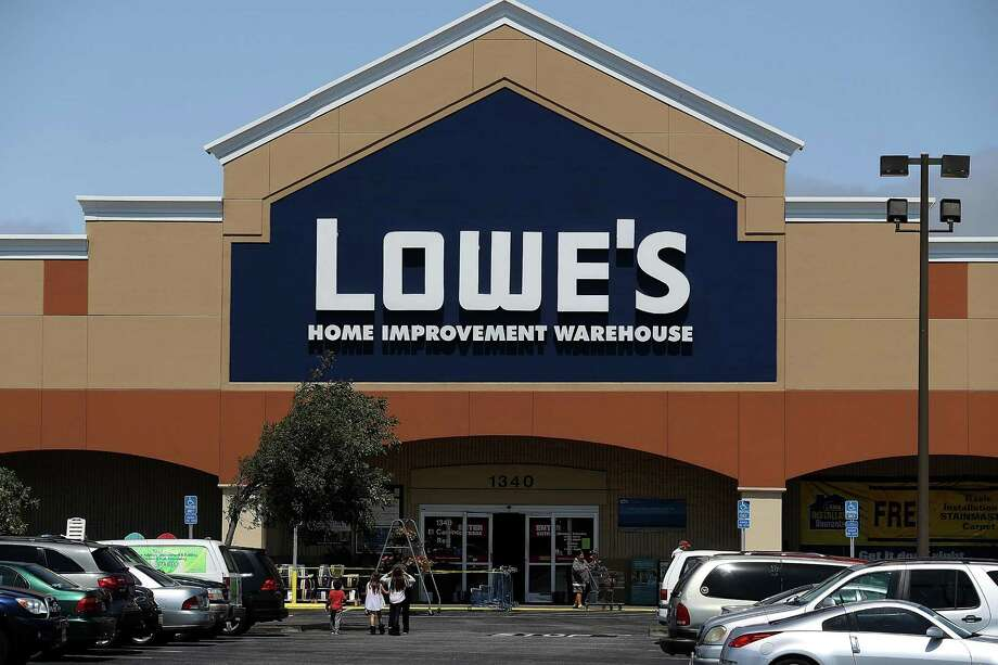 Lowe's wants its 10 San Antonio area stores valued as vacant stores rather than fully functioning businesses, thus lowering its property values and tax bills. Photo: Justin Sullivan /Getty Images / 2016 Getty Images