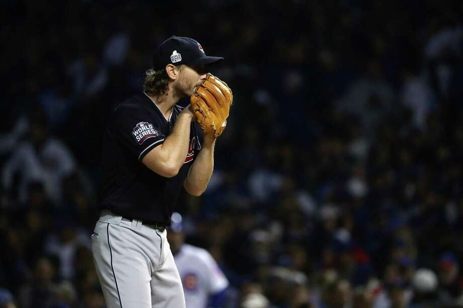 The Indians' Josh Tomlin stood tall with 41⁄3 scoreless innings in Game 3. Photo: Jonathan Daniel, Staff / 2016 Getty Images