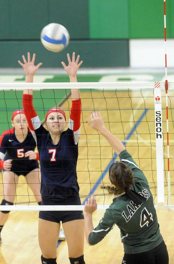 Class C District Volleyball Quarterfinals Photo: Seth Stapleton/Huron Daily Tribune