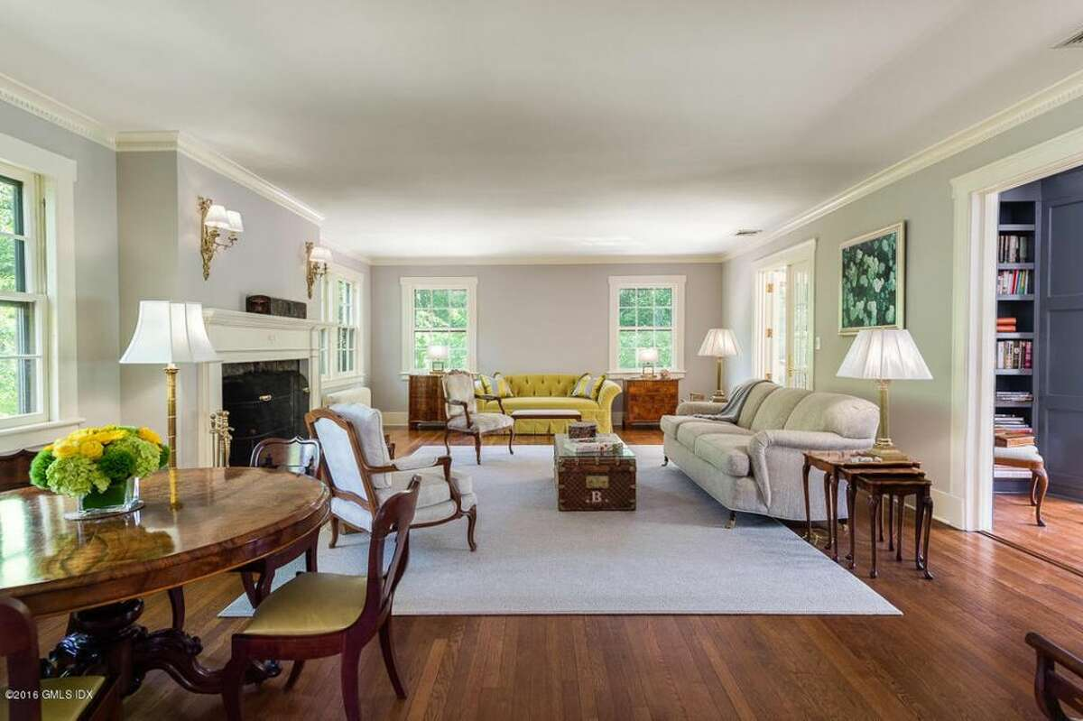 80 Glenville Rd, Greenwich, CT 06831 5 beds 6 baths 6,486 sqft Open House: 11/6 1pm-4pm Features: Two large family rooms, library, screened porch, au pair or maids wing located off of the kitchen View full listing on Zillow