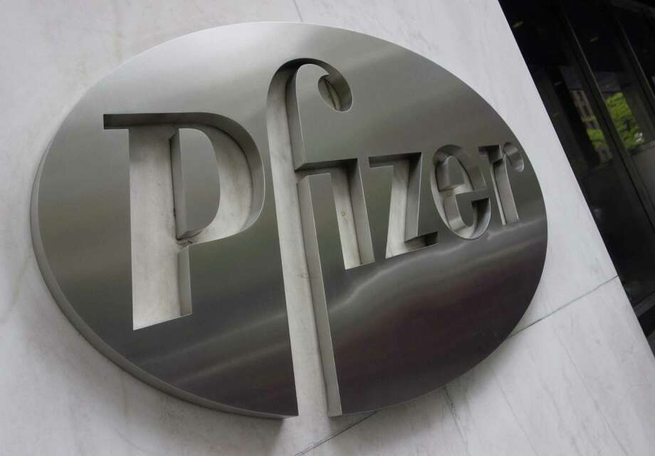 Pfizer, the maker of Viagra and pain treatment Lyrica, posted net income of $1.32 billion, or 21 cents per share, down 38 percent from $2.13 billion, or 34 cents per share, a year ago. Photo: Don Emmert /AFP /Getty Images / AFP or licensors