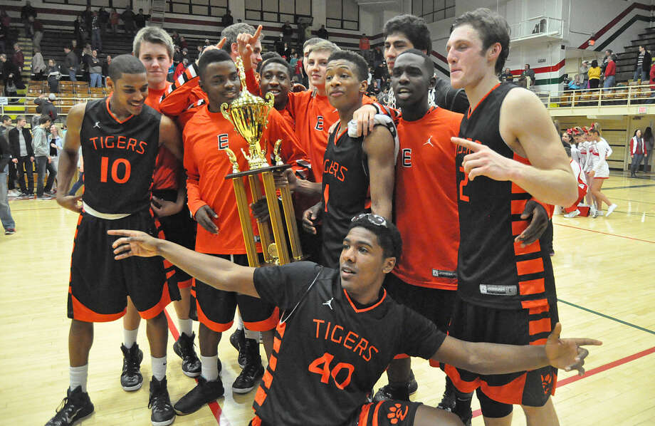 BASKETBALL Edwardsville wins pair of tournaments The Edwardsville