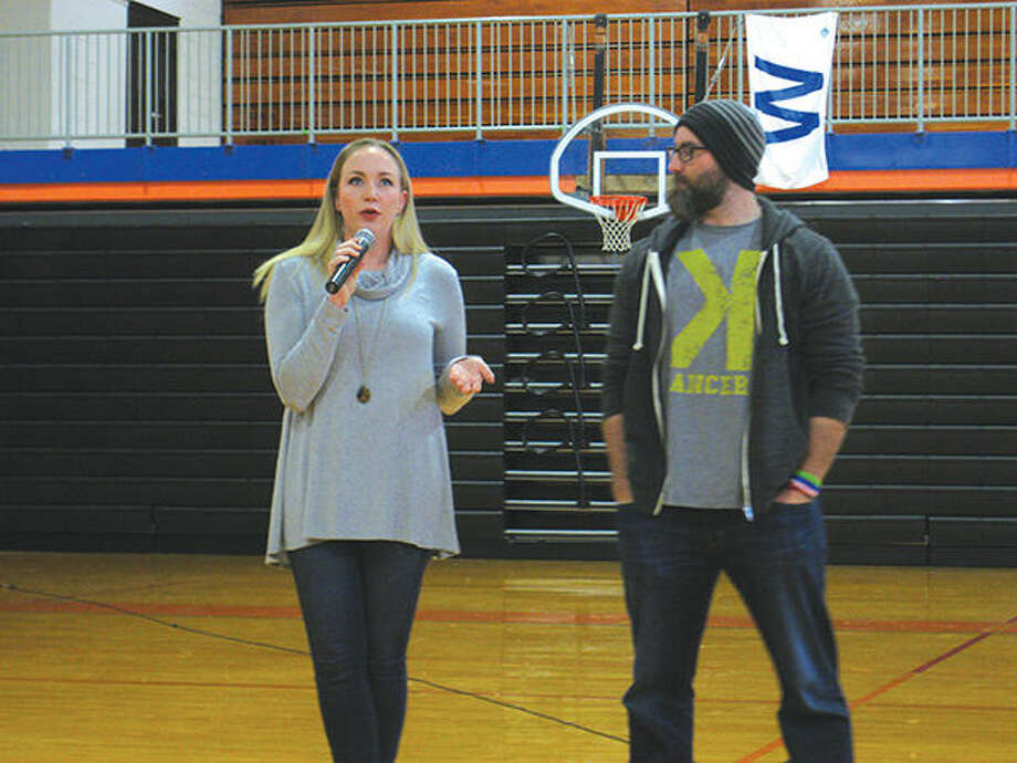 Caitlin Motte and her husband Jason, a former St. Louis Cardinal, spoke to students at Lincoln Middle School recently. Photo: Julia Biggs/Intelligencer
