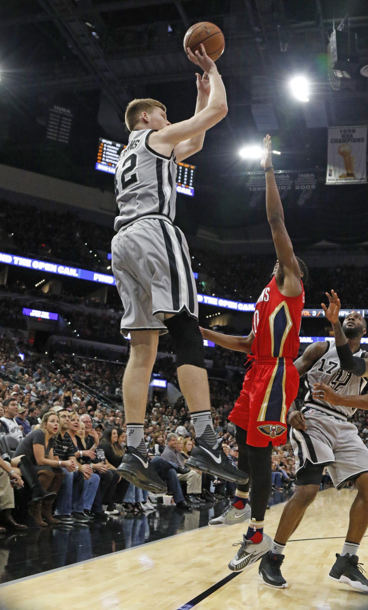 Spurs' Davis Bertans out against Jazz - San Antonio ...