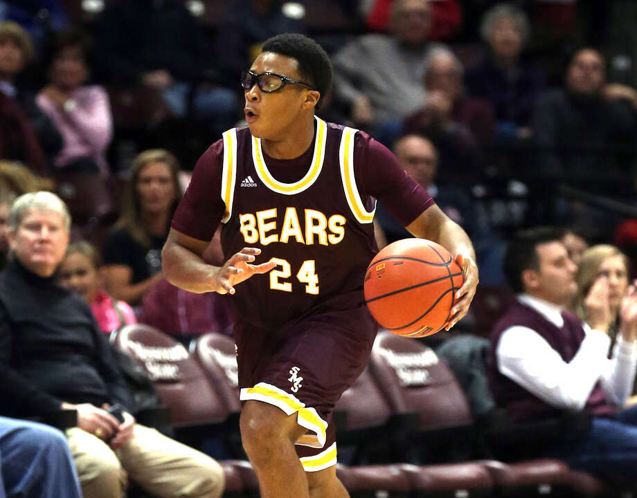 Former Edwardsville player Shawn Roundtree controls the ball during his freshman year at Missouri State University in 2014-15. Photo: Missouri State University
