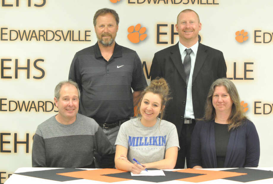 Edwardsville senior Paige Bequette recently signed a letter of intent to continue her tennis career at Millikin University in Decatur.