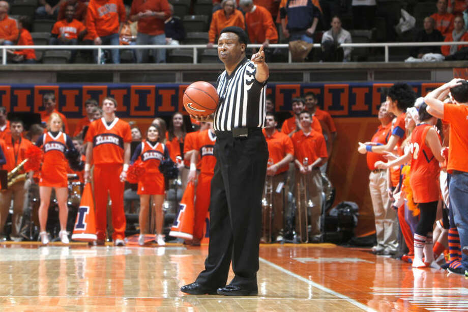 Ed Hightower referees at University of Illinois' Assembly Hall during the '12-13 season. Photo: For The Intelligencer By Submission