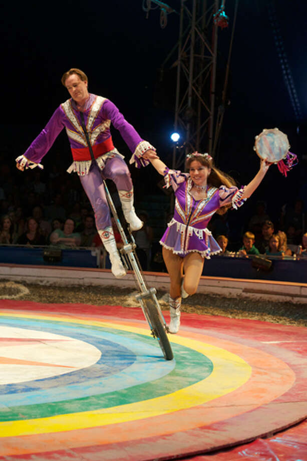 Circus Flora is bringing all the thrills of its outdoor summer show indoors. Photo: Dan Donovan / ©2012 Dan Donovan, All Rights Reserved