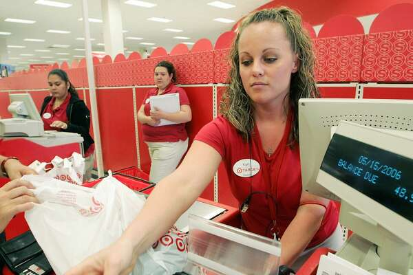Cashier Median base pay:$27,315 Year of year salary change:+2.5 percent