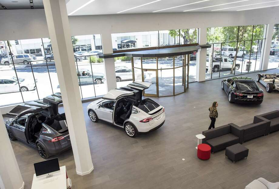 Tesla has signed a lease for its first San Antonio showroom, at a location along Interstate 10 close to the Dominion. Shown is the company's San Francisco showroom. Photo: David Paul Morris /Bloomberg News / © 2016 Bloomberg Finance LP