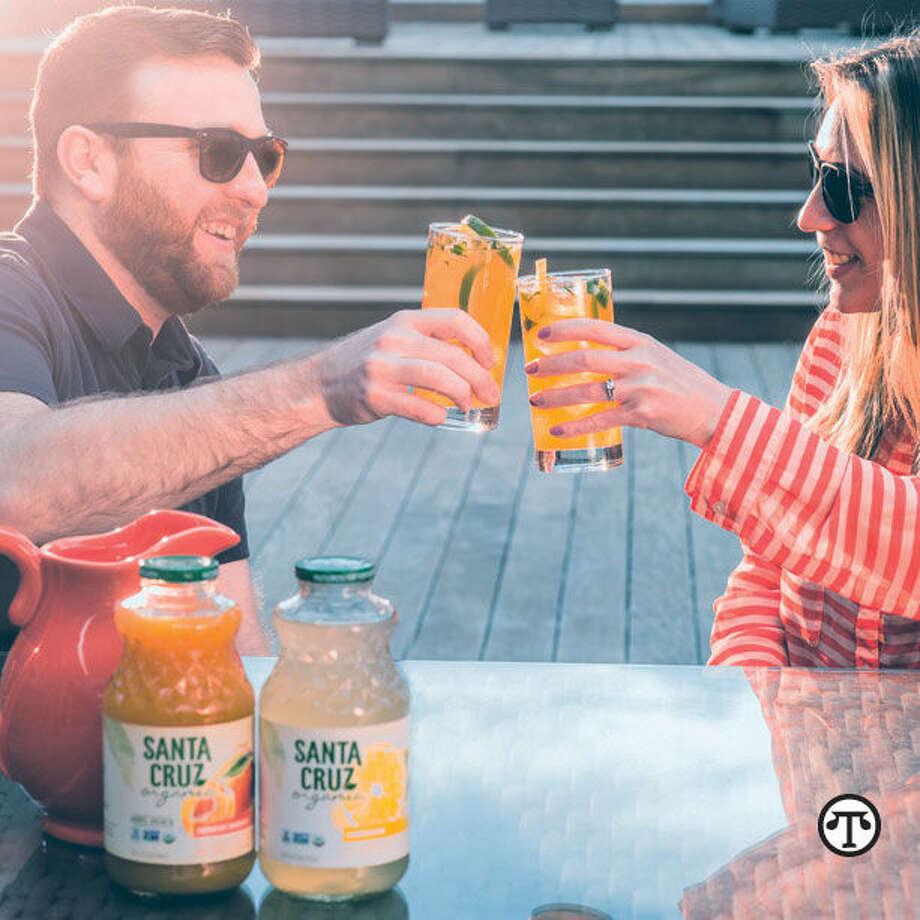 Enjoy a light, fruity beverage in a fresh, clean kitchen. (NAPS)