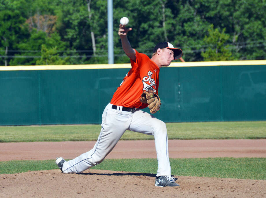 Edwardsville starter Andrew Frank delivers a first-inning pitch in the second game of the Mid-America 18U Super 16 tournament at Tom Pile Field on Friday.