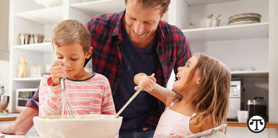 A vacation rental home can be a great place to teach your kids how to cook, while you all have lots of leisure time. (NAPS)